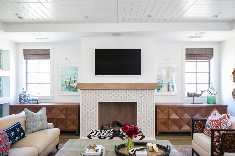tropical-beach-style-living-room