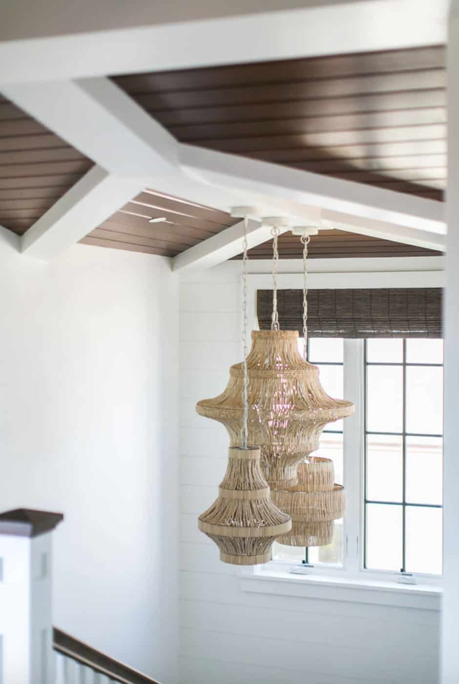 tropical-beach-style-staircase-light-fixture