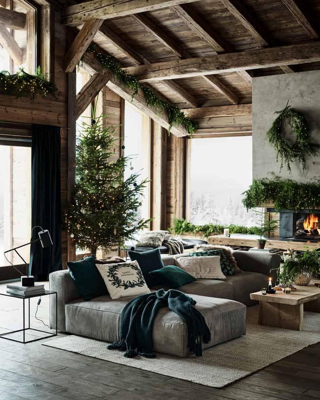wintry-rustic-christmas-tree-ideas