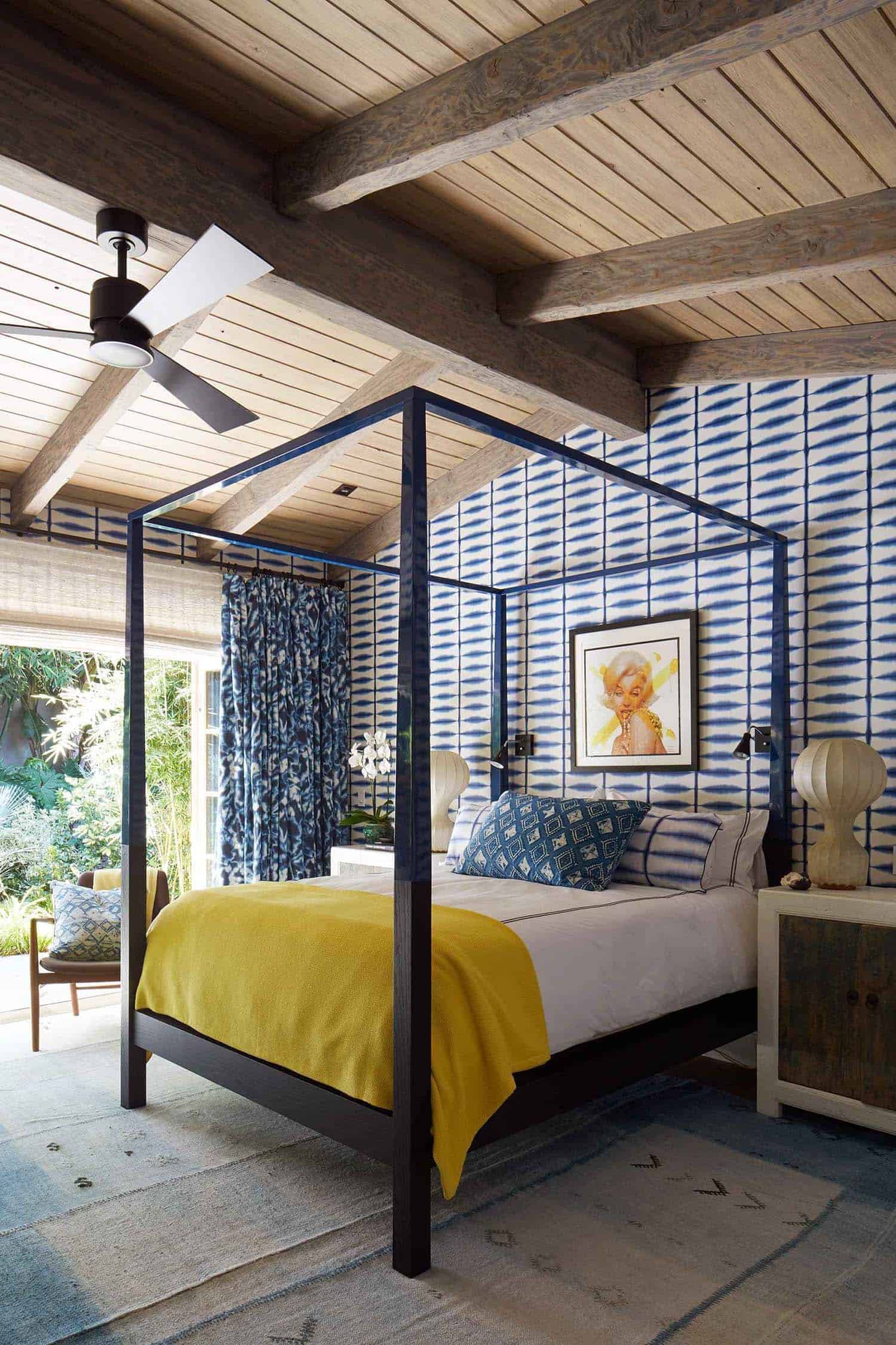 balinese-inspired-bedroom