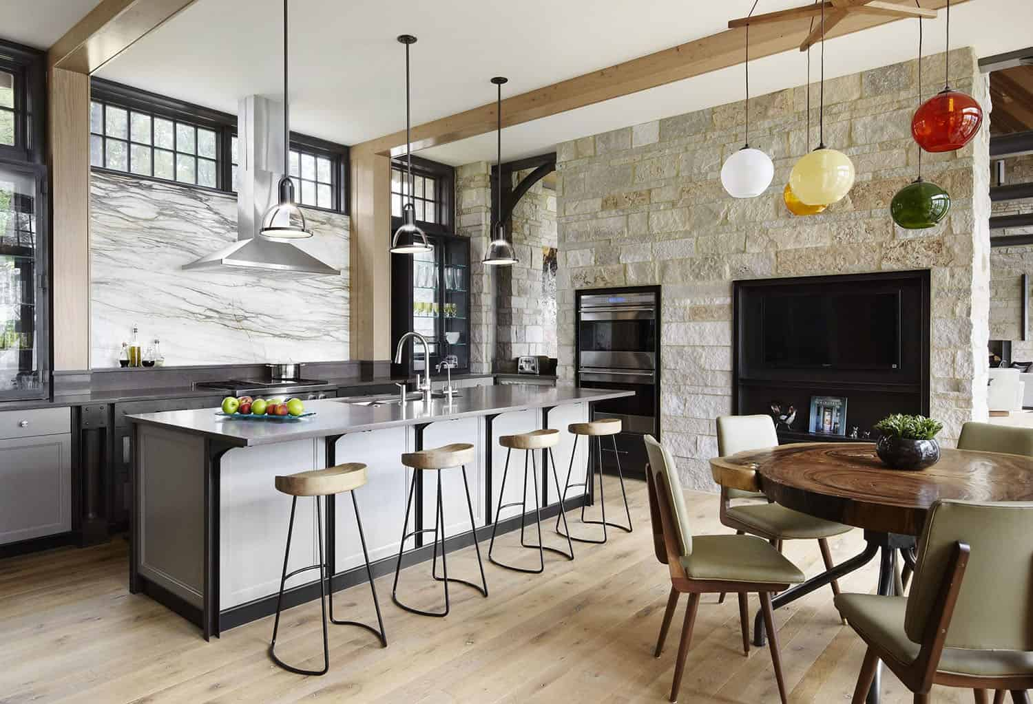 contemporary-lake-house-retreat-kitchen