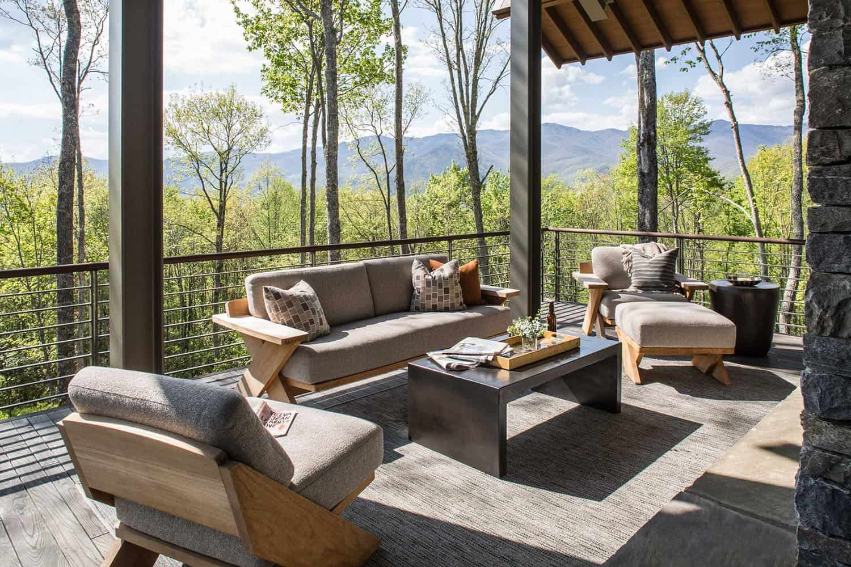 mountain-modern-deck