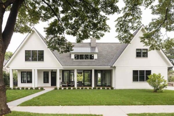 featured posts image for Modern yet timeless Midwest cottage with indoor-outdoor living
