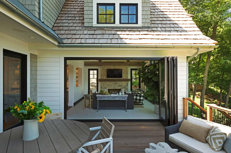 cottage-bungalow-deck