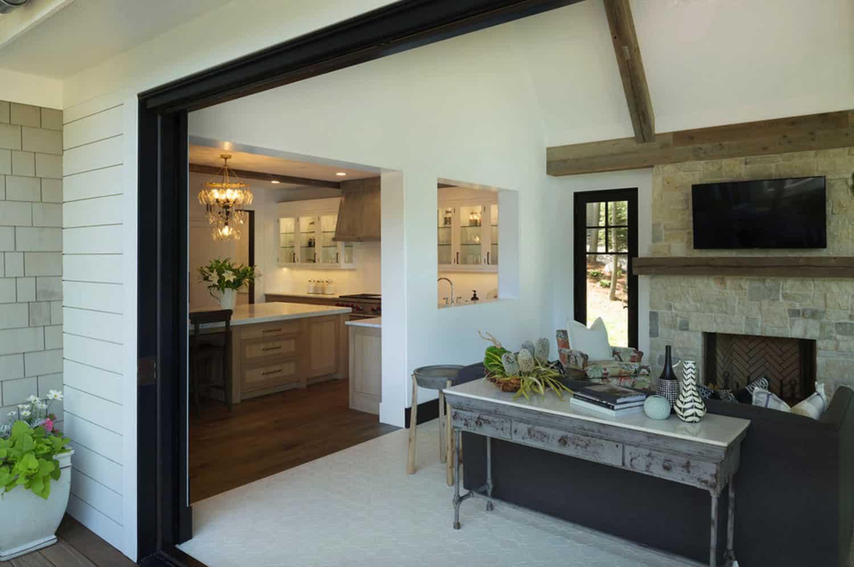 cottage-bungalow-sunroom