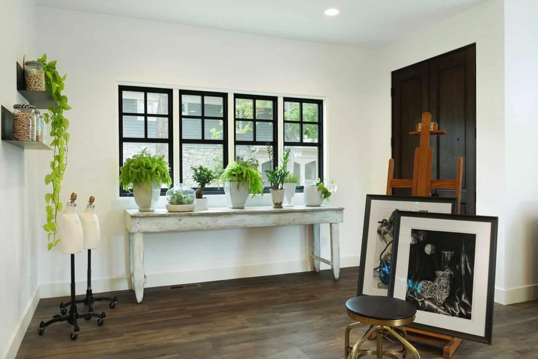 lake-house-craft-room