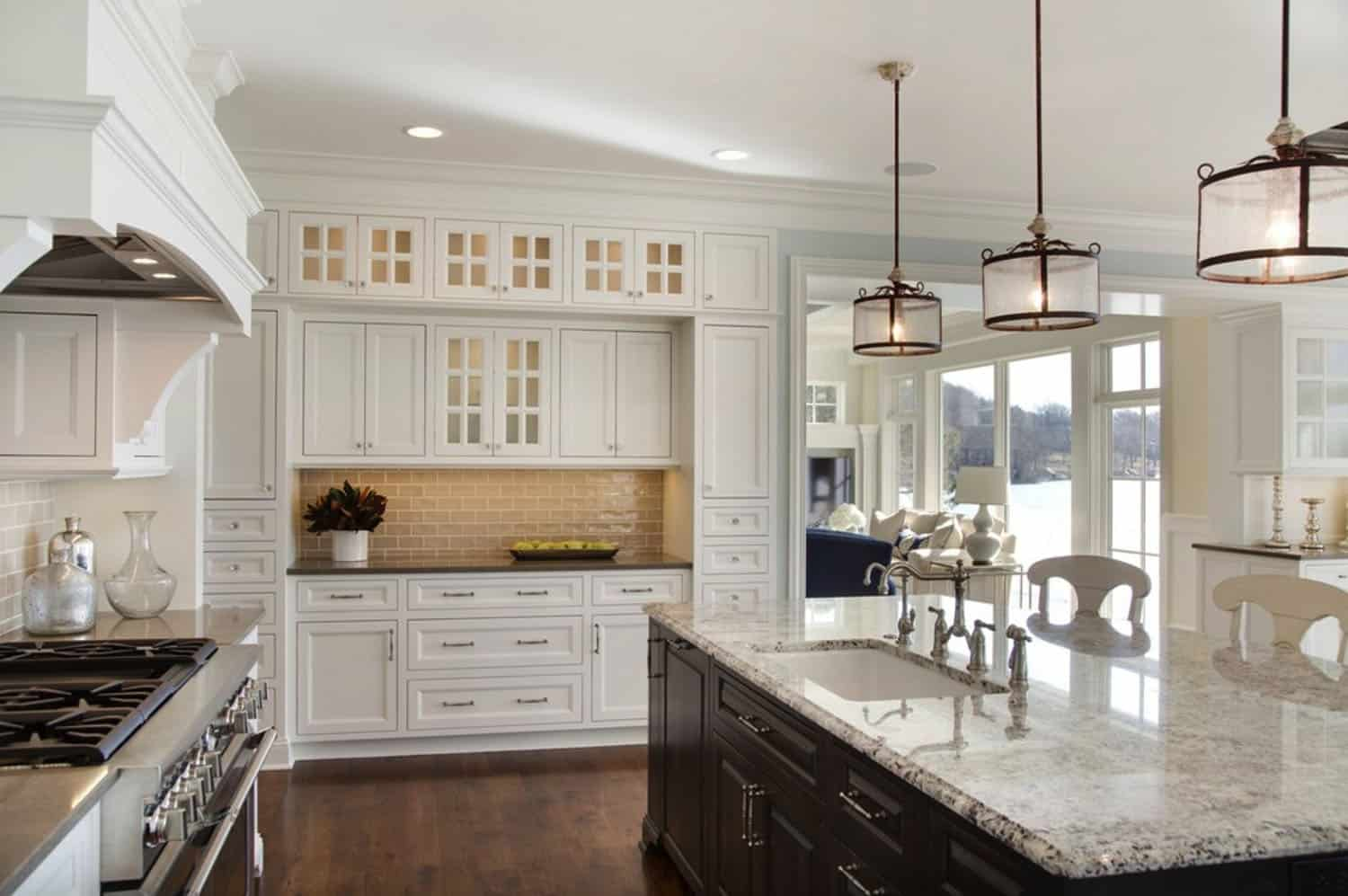 cottage-beach-style-kitchen