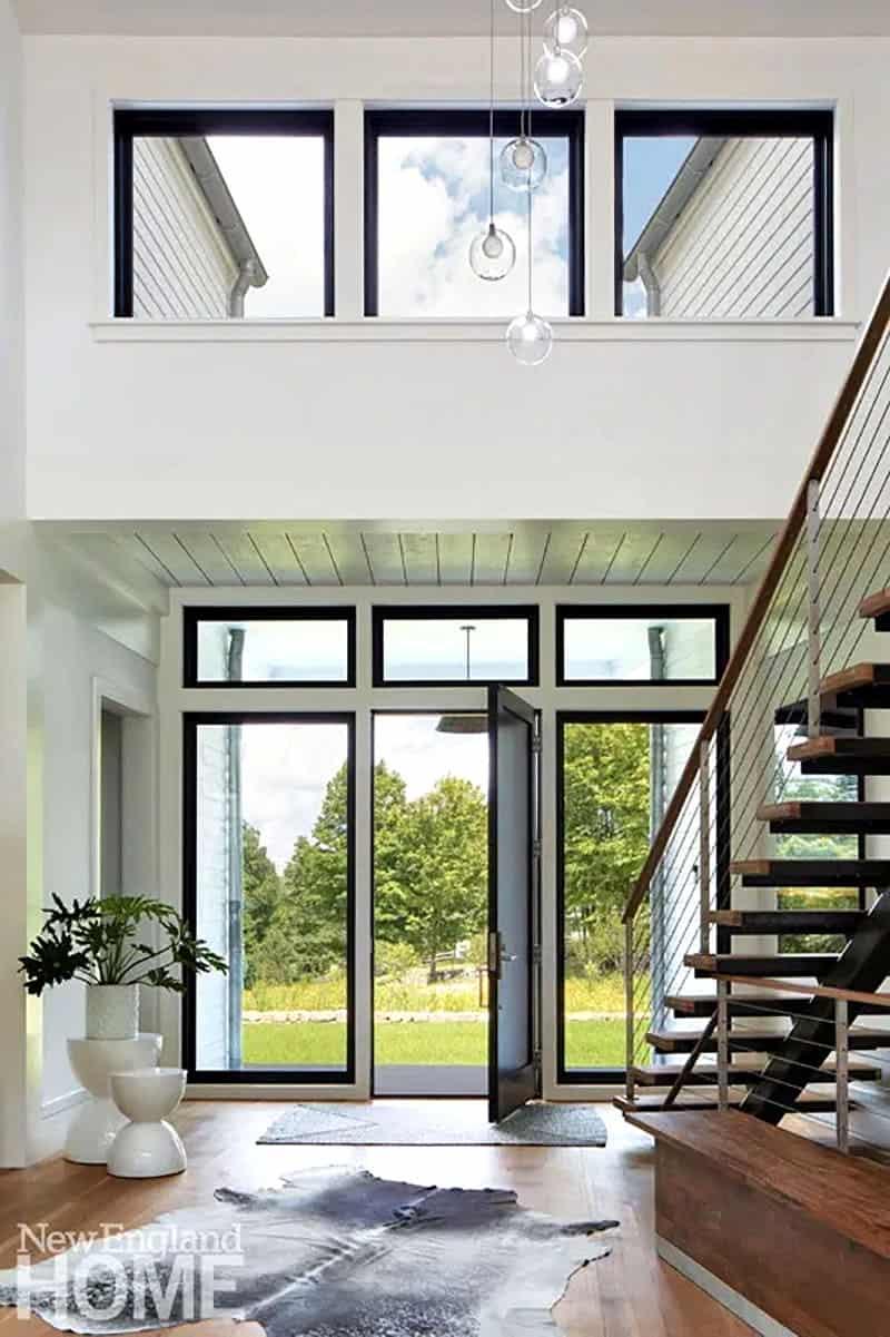 country-modern-farmhouse-entry