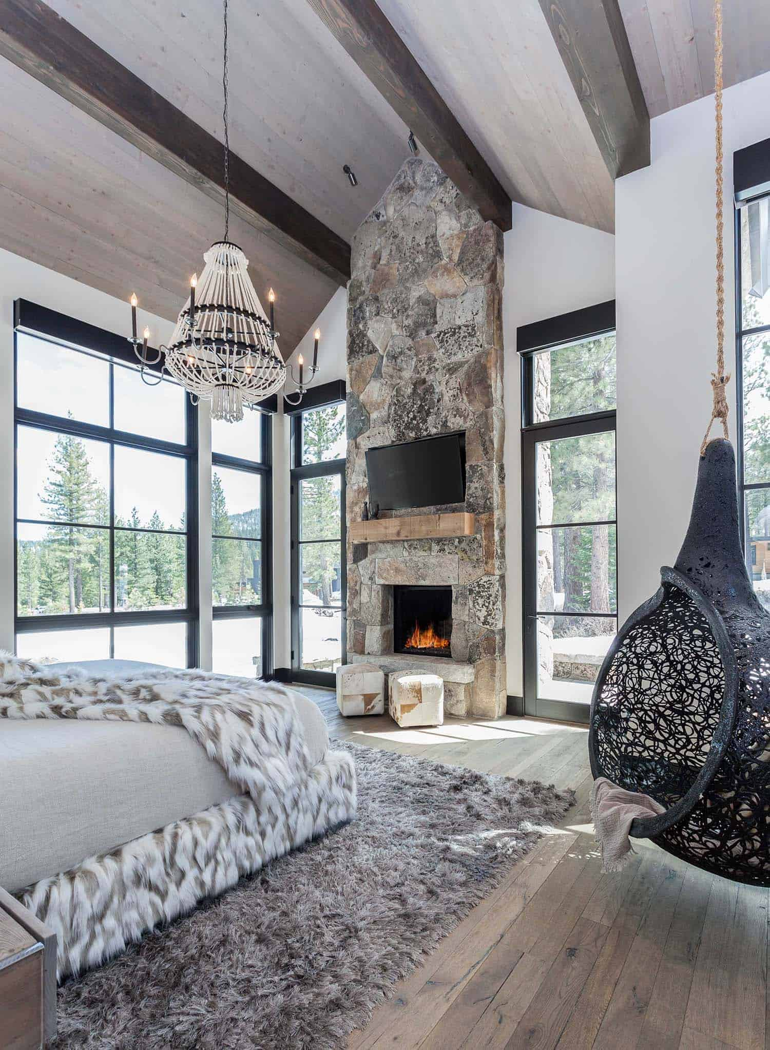 mountain-retreat-scandinavian-vibe-bedroom