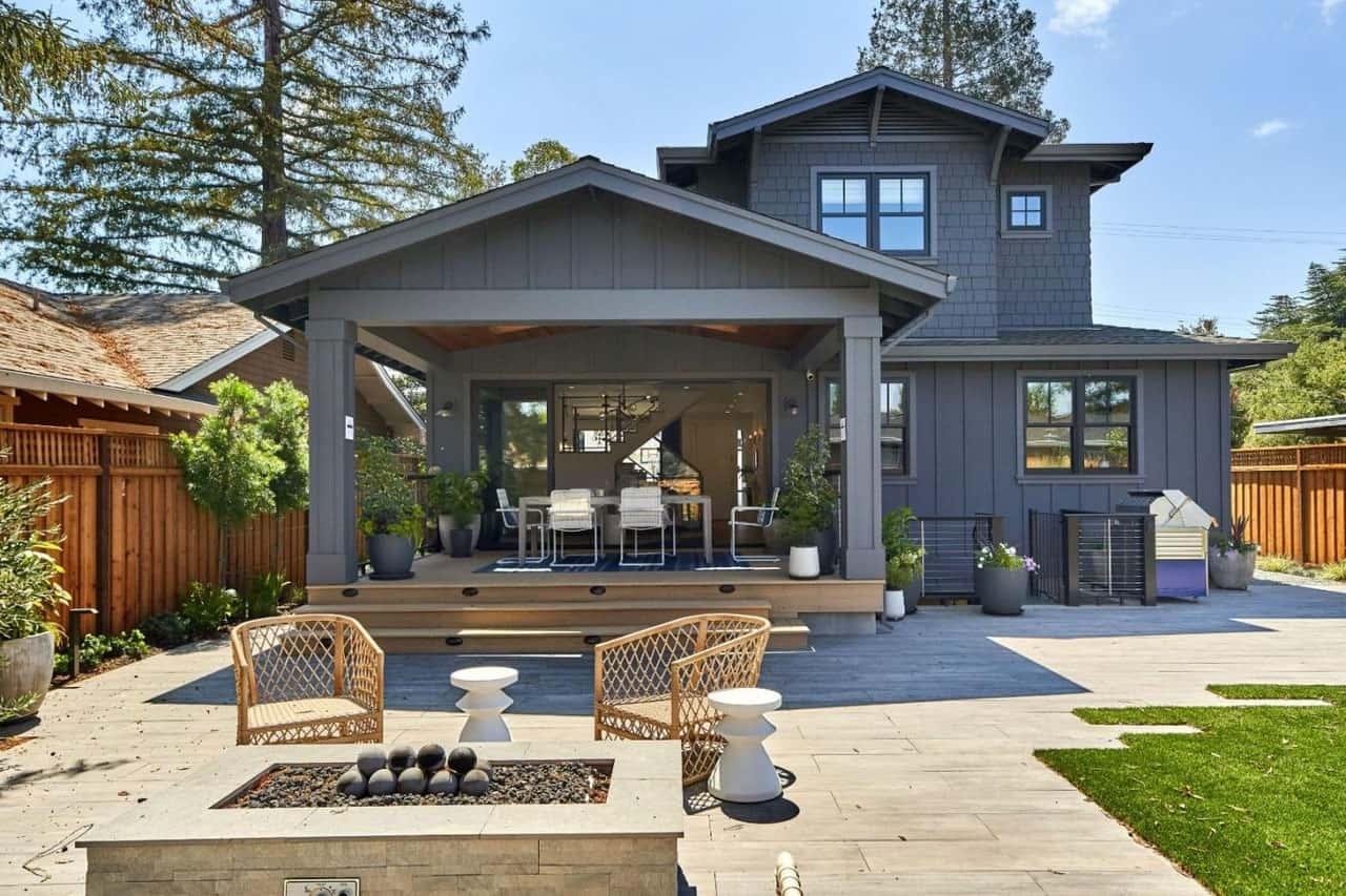 craftsman-style-home-landscape