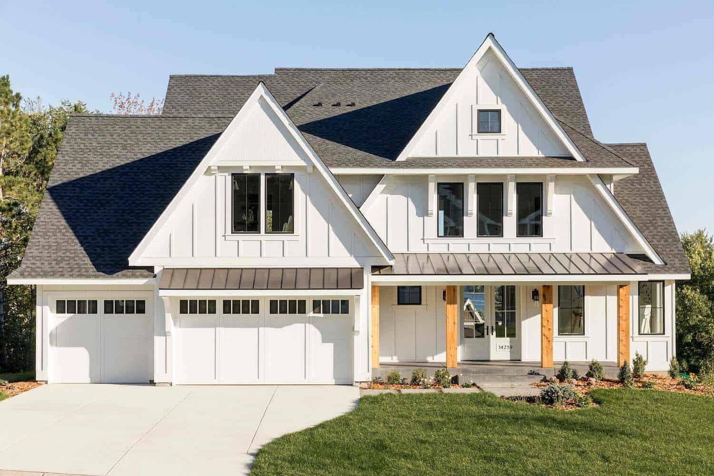 dreamy-modern-farmhouse-style-home-exterior