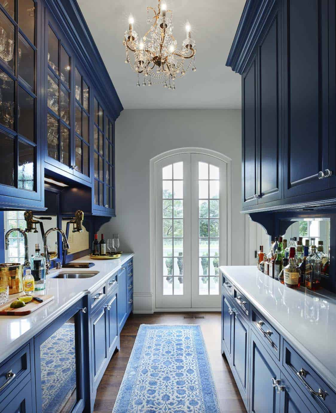 french-country-estate-kitchen