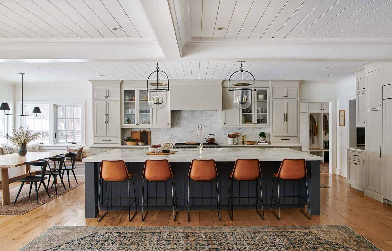 french-country-modern-kitchen