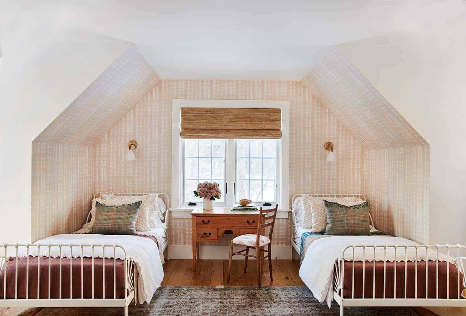 french-country-modern-bedroom