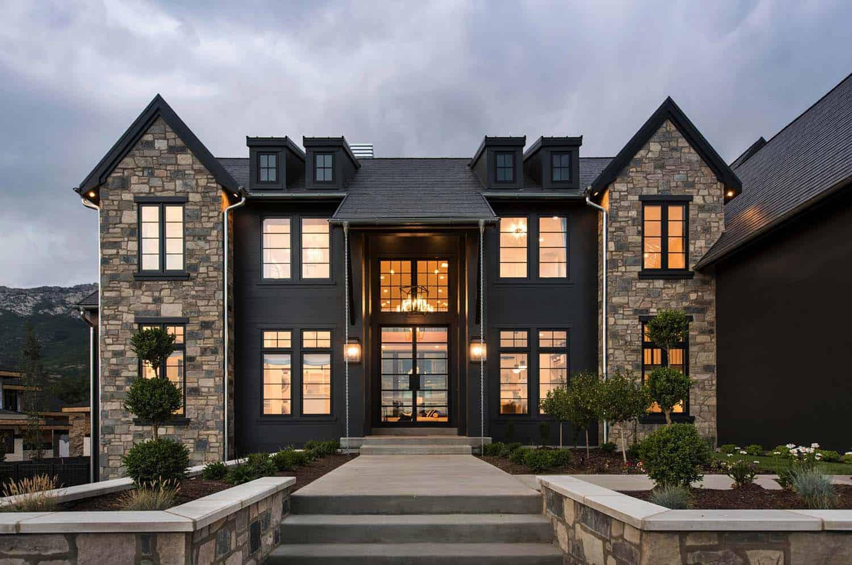 luxury-farmhouse-modern-exterior