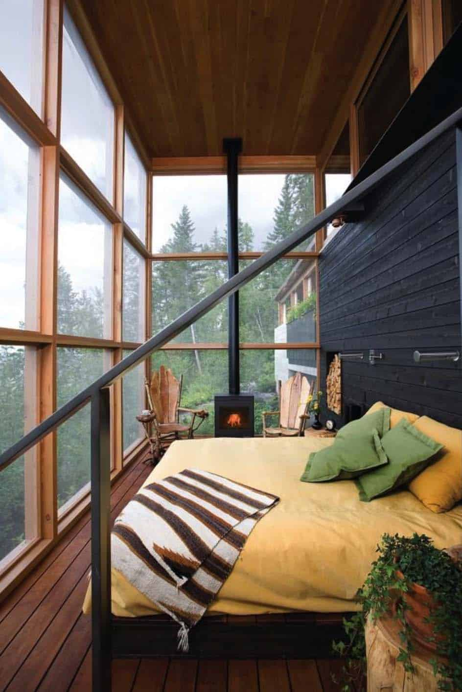 rustic-cabin-bedroom