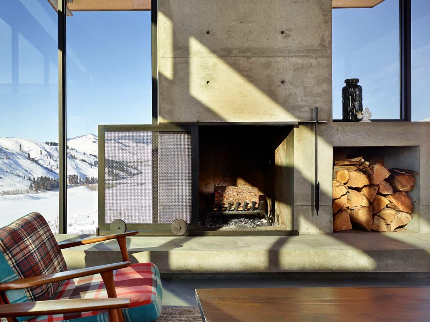 modern-living-room-fireplace