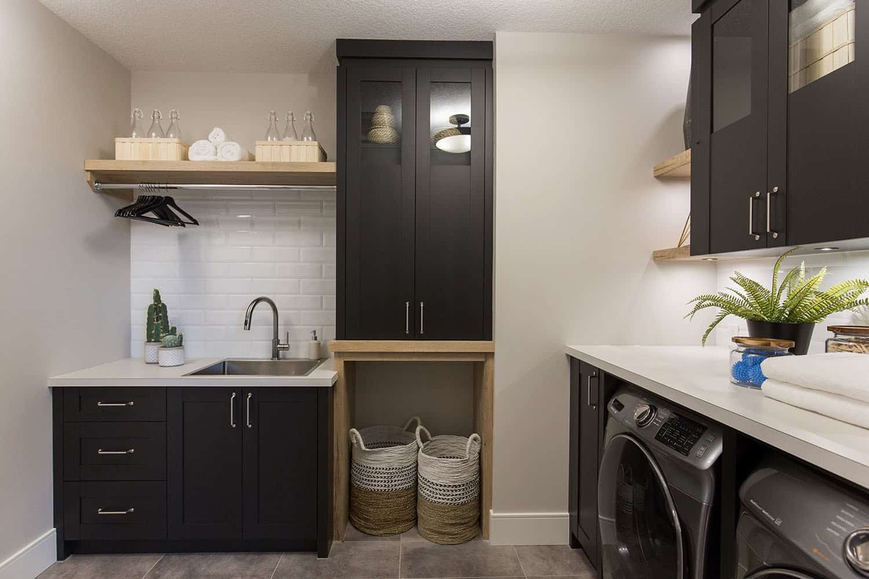 modern-farmhouse-laundry-room