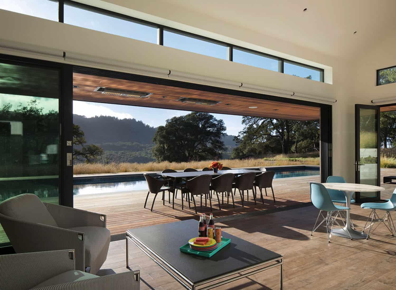 pool-house-modern-family-room