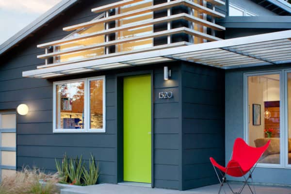 featured posts image for Compact home gets renovated with midcentury curb appeal in Northern California