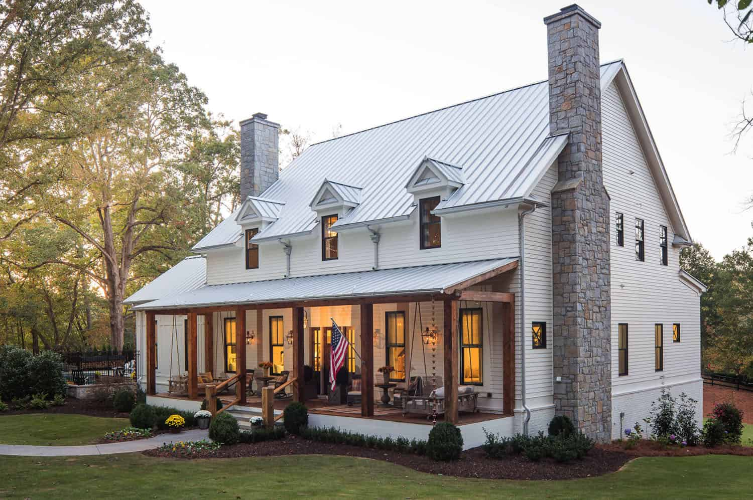 Step Inside This Dreamy Modern Southern Farmhouse In Georgia