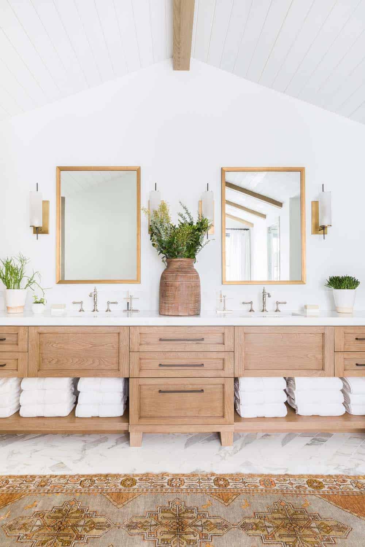 mountain-ranch-bathroom