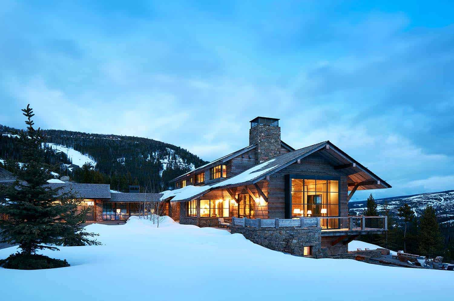 mountain-modern-ski-house-exterior