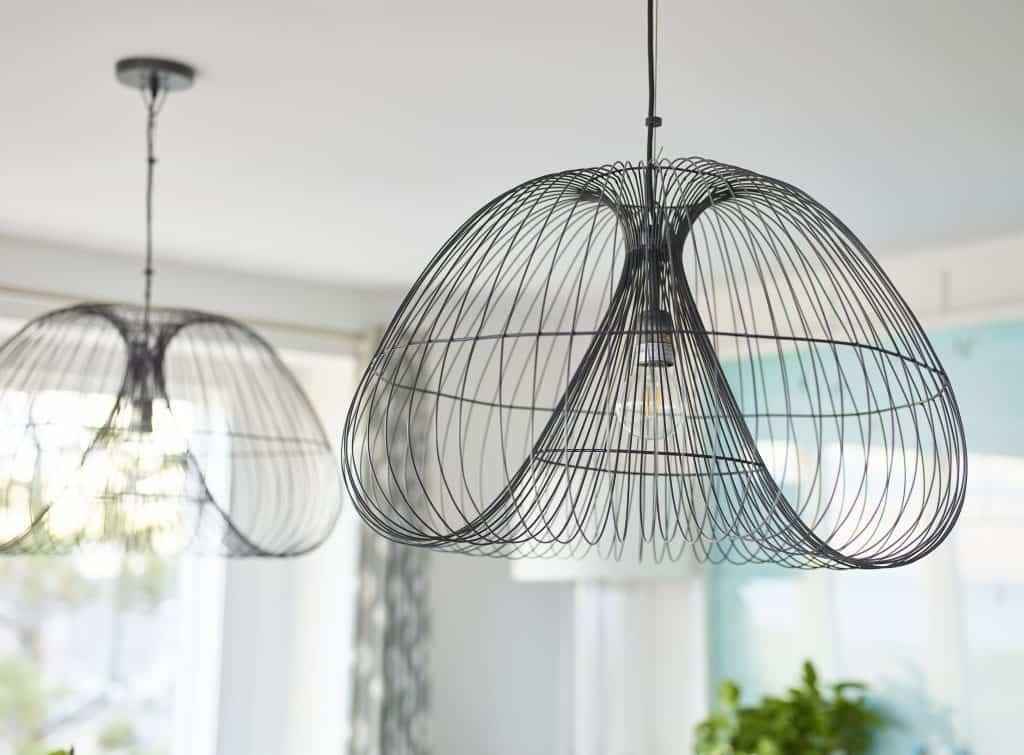 beach-house-dining-room-light-fixture-detail