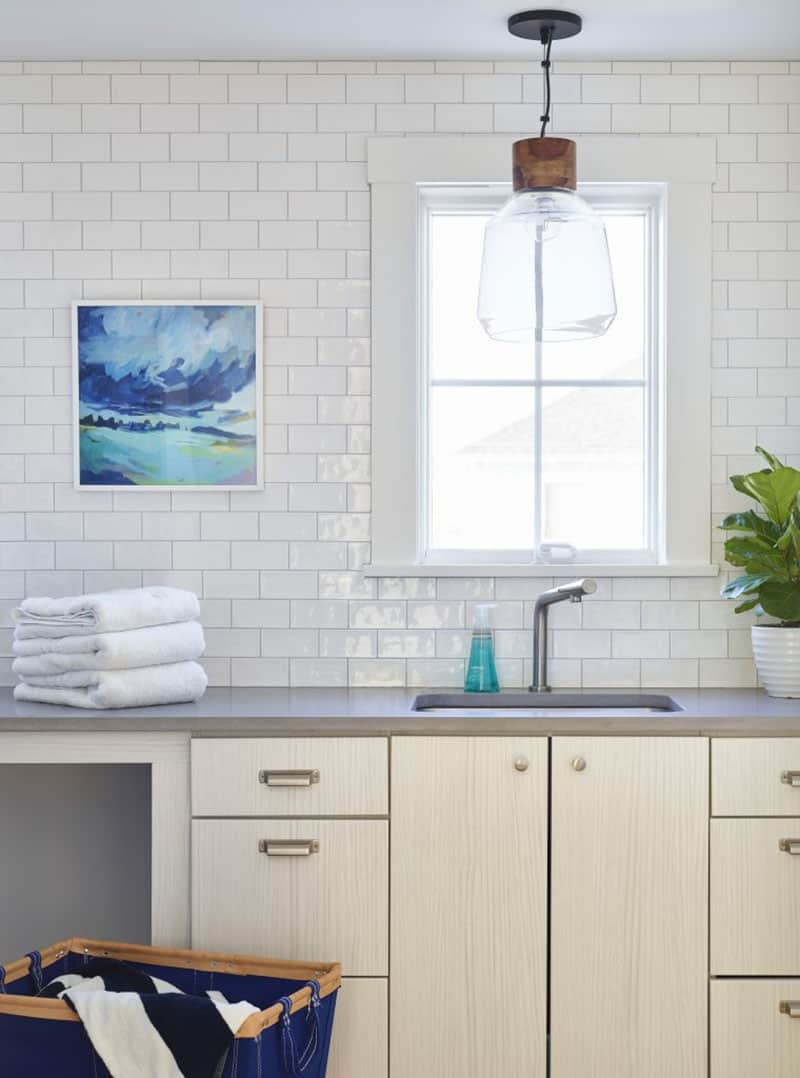 beach-house-laundry-room