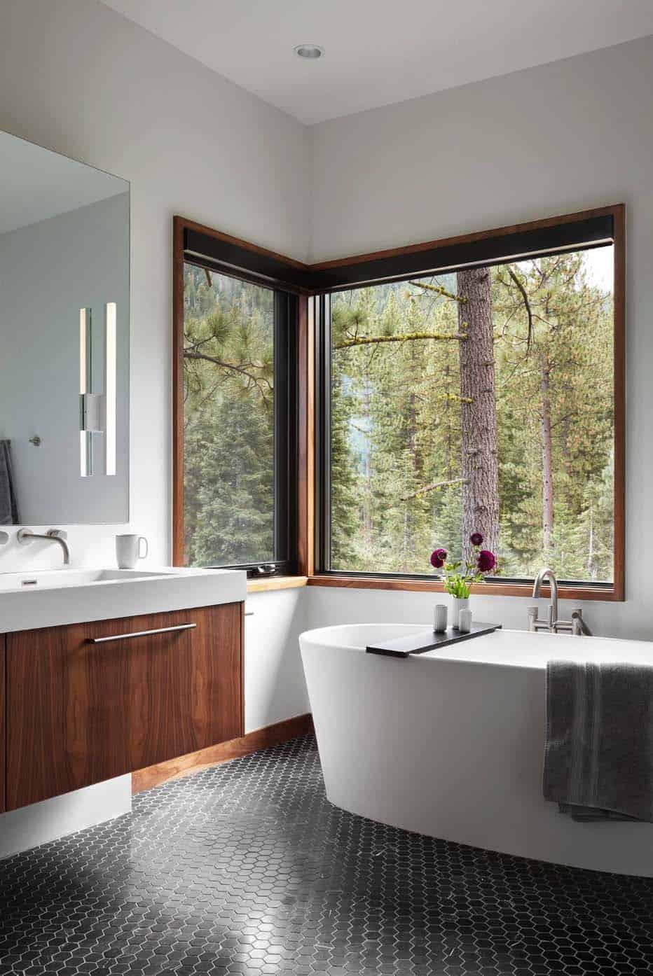 prefabricated-mountain-home-bathroom