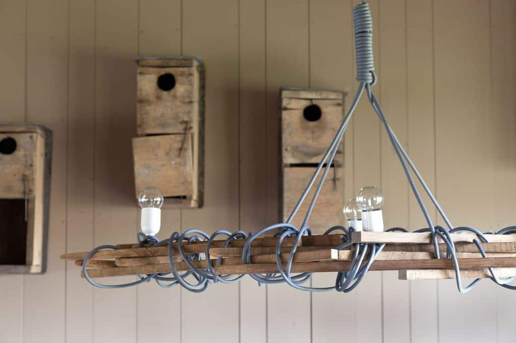 bunkhouse-rustic-dining-room-light-fixture