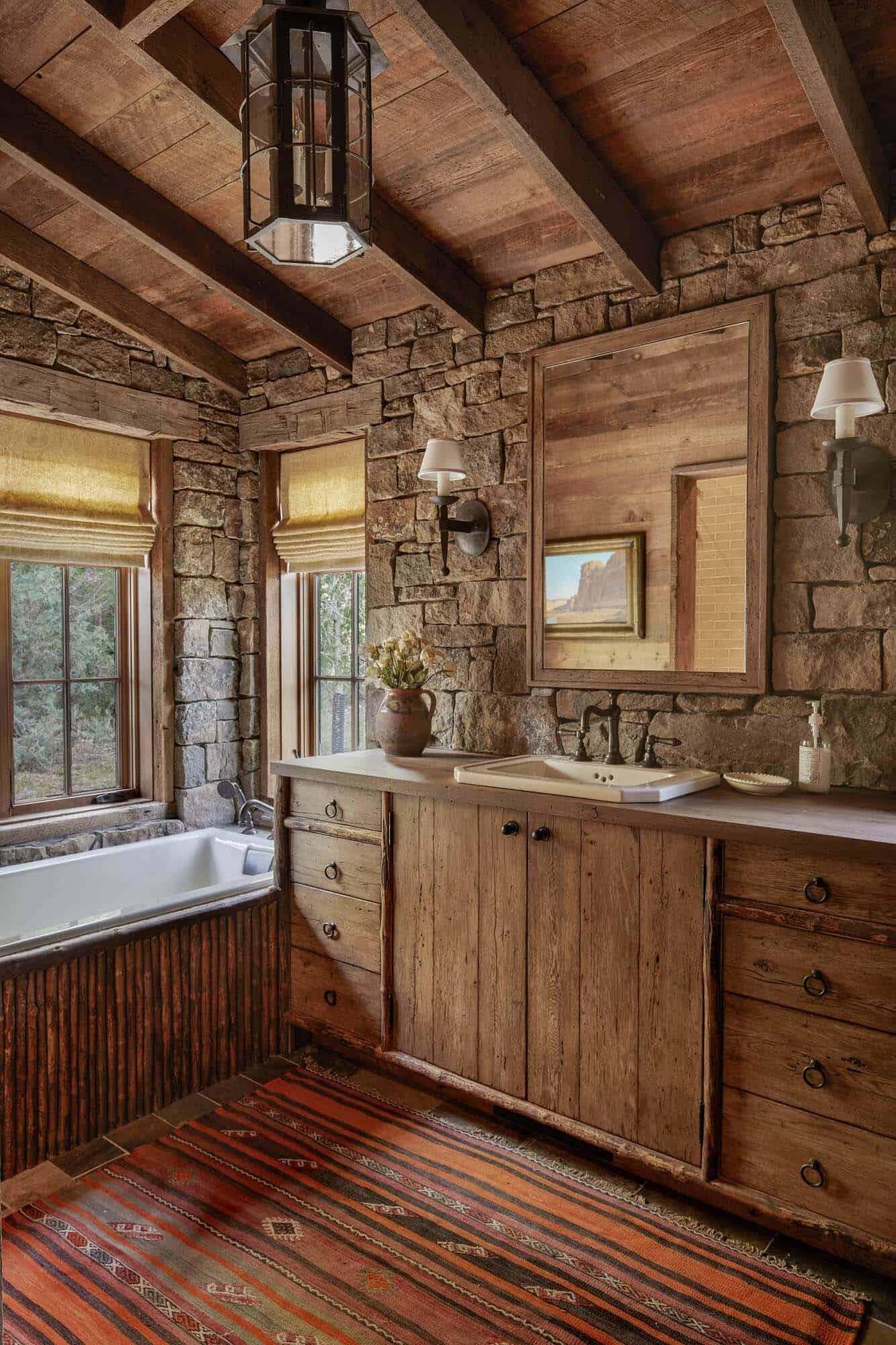 rustic-ranch-house-bathroom