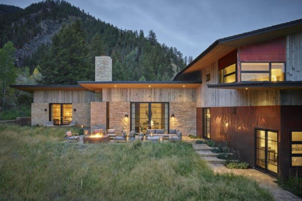 featured posts image for Rustic and refined home perched on a hillside in idyllic Jackson Hole