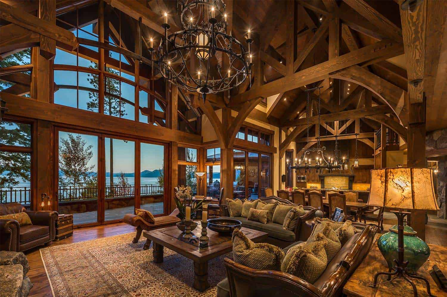 lodge-style-mountain-home-living-room