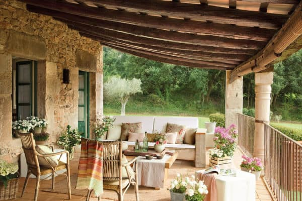 featured posts image for Delightful farmhouse renovation with vintage-inspired details in Spain