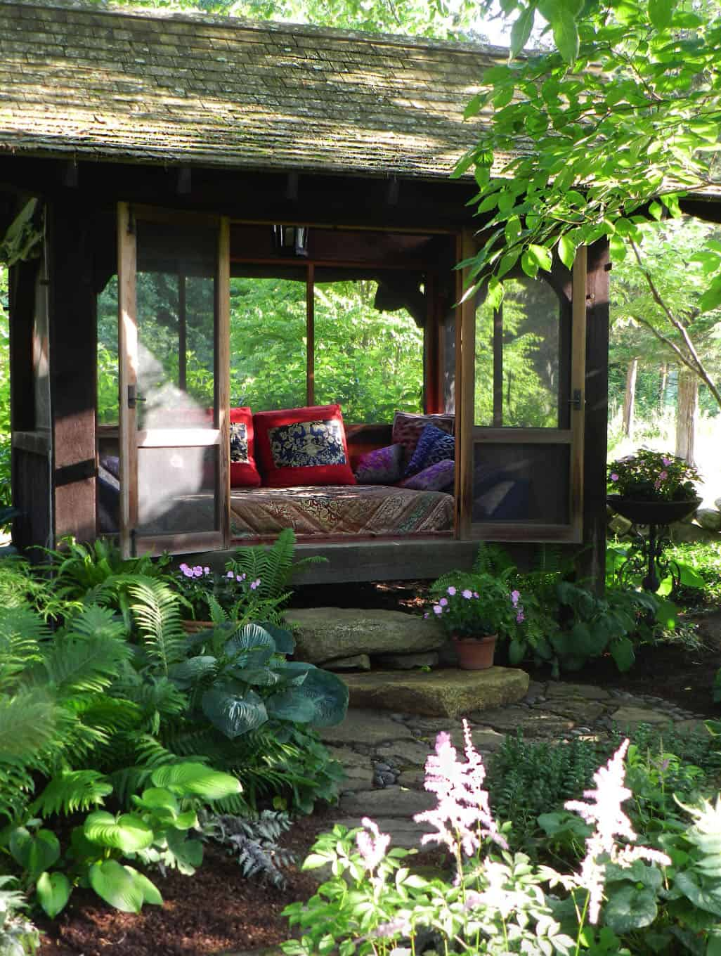 sleeping-porch-garden