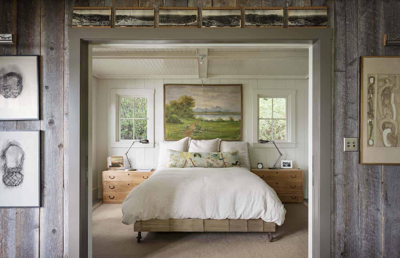 beach-cabin-bedroom