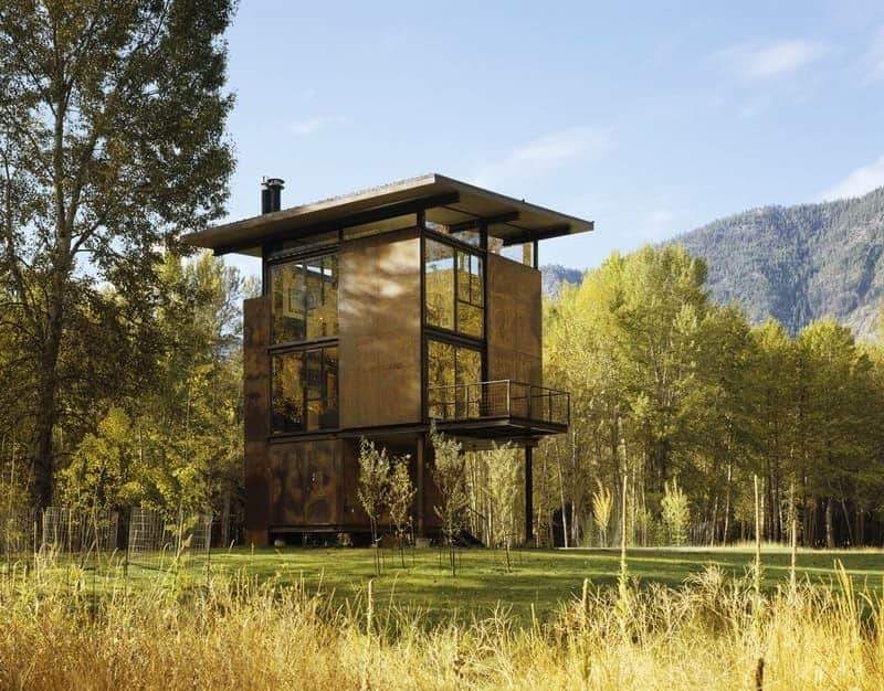cabin-retreat-countryside-exterior