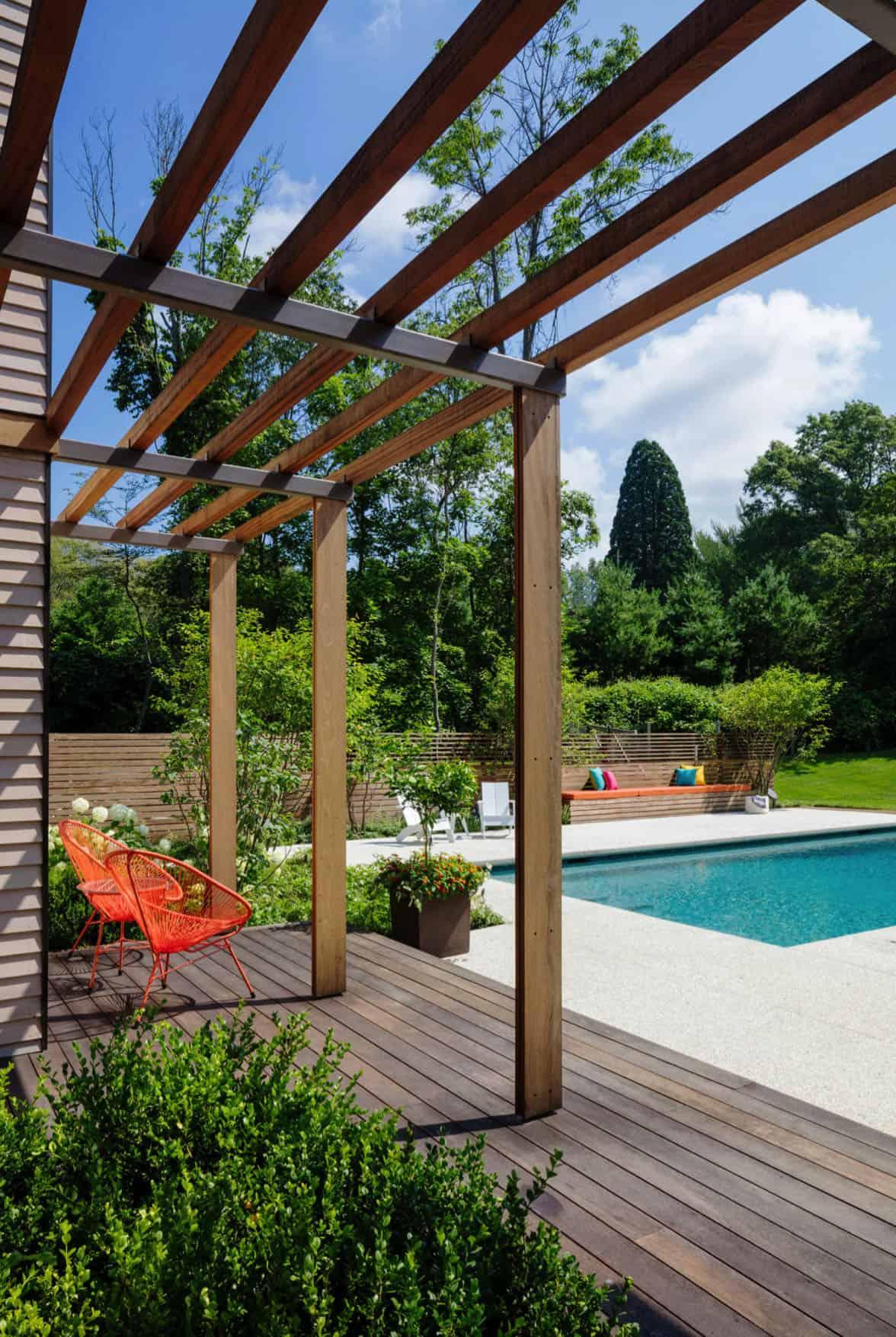 contemporary-home-exterior-deck