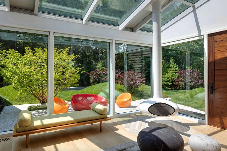 contemporary-family-room-sunroom