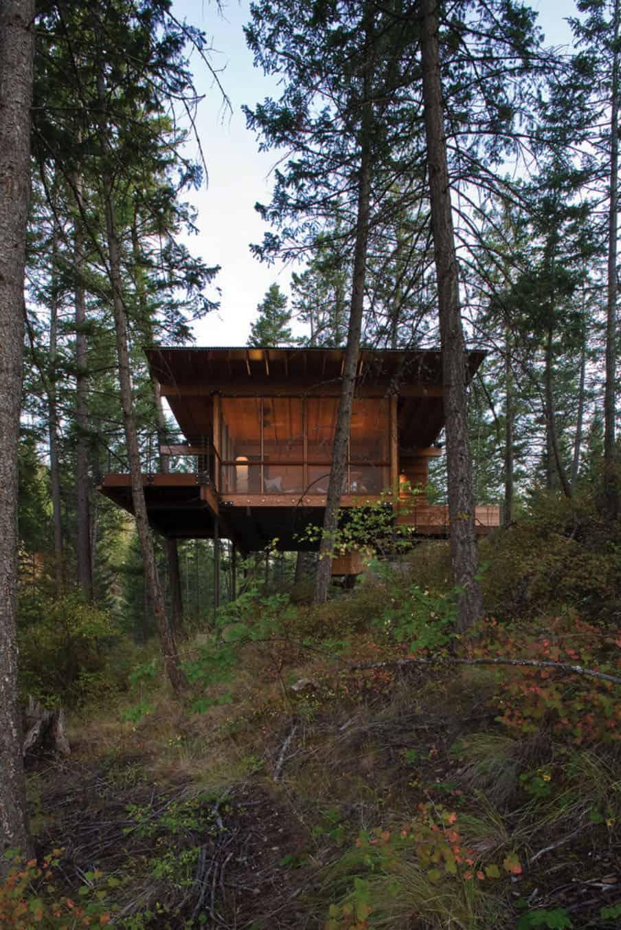 cozy-cabin-retreat-lakeside-exterior
