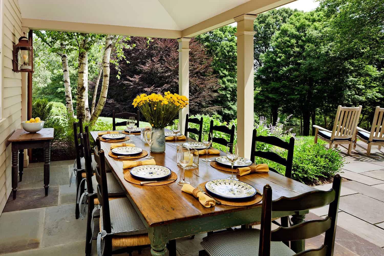 dining-porch-farmhouse-porch