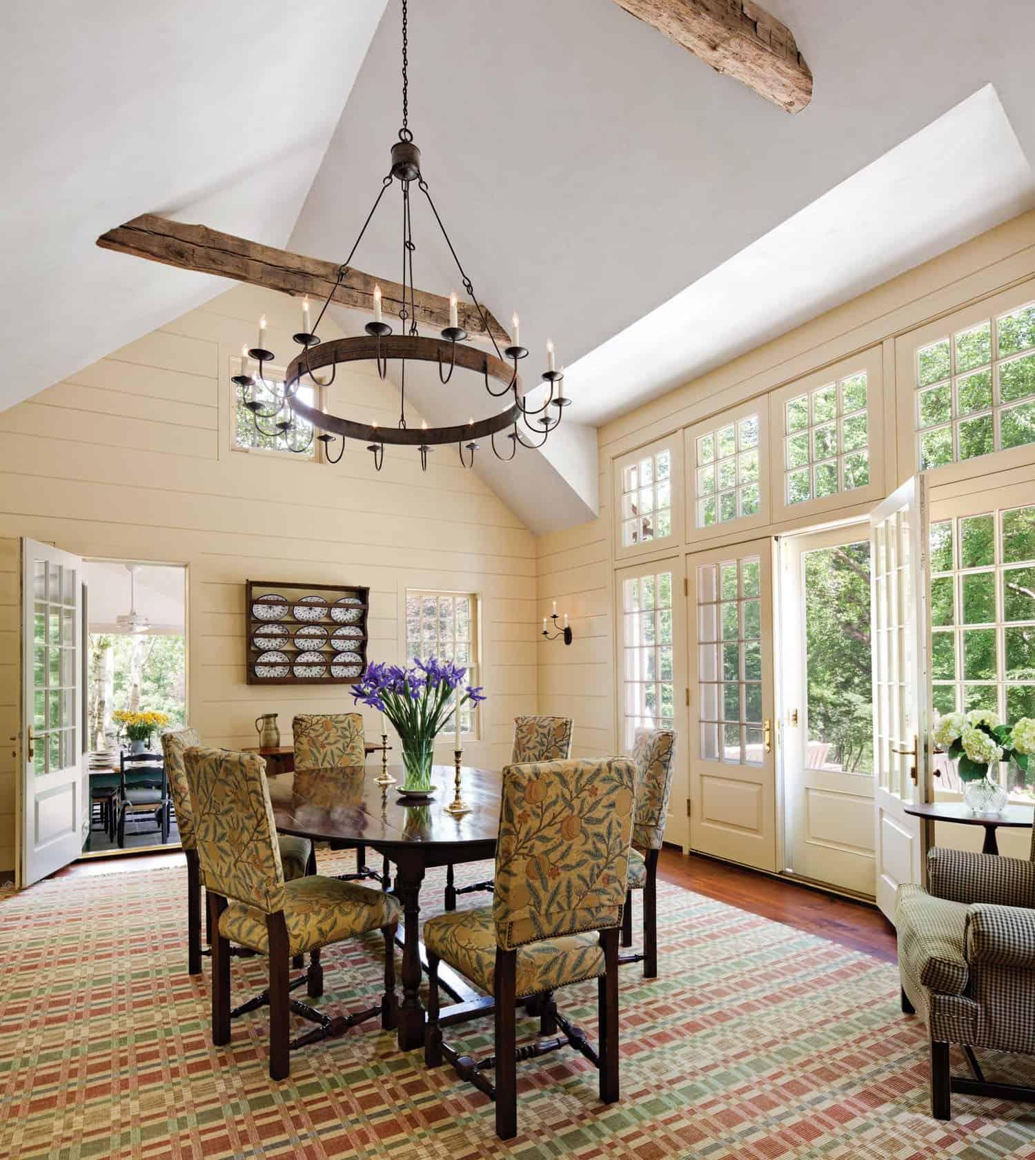 breakfast-room-farmhouse-sunroom
