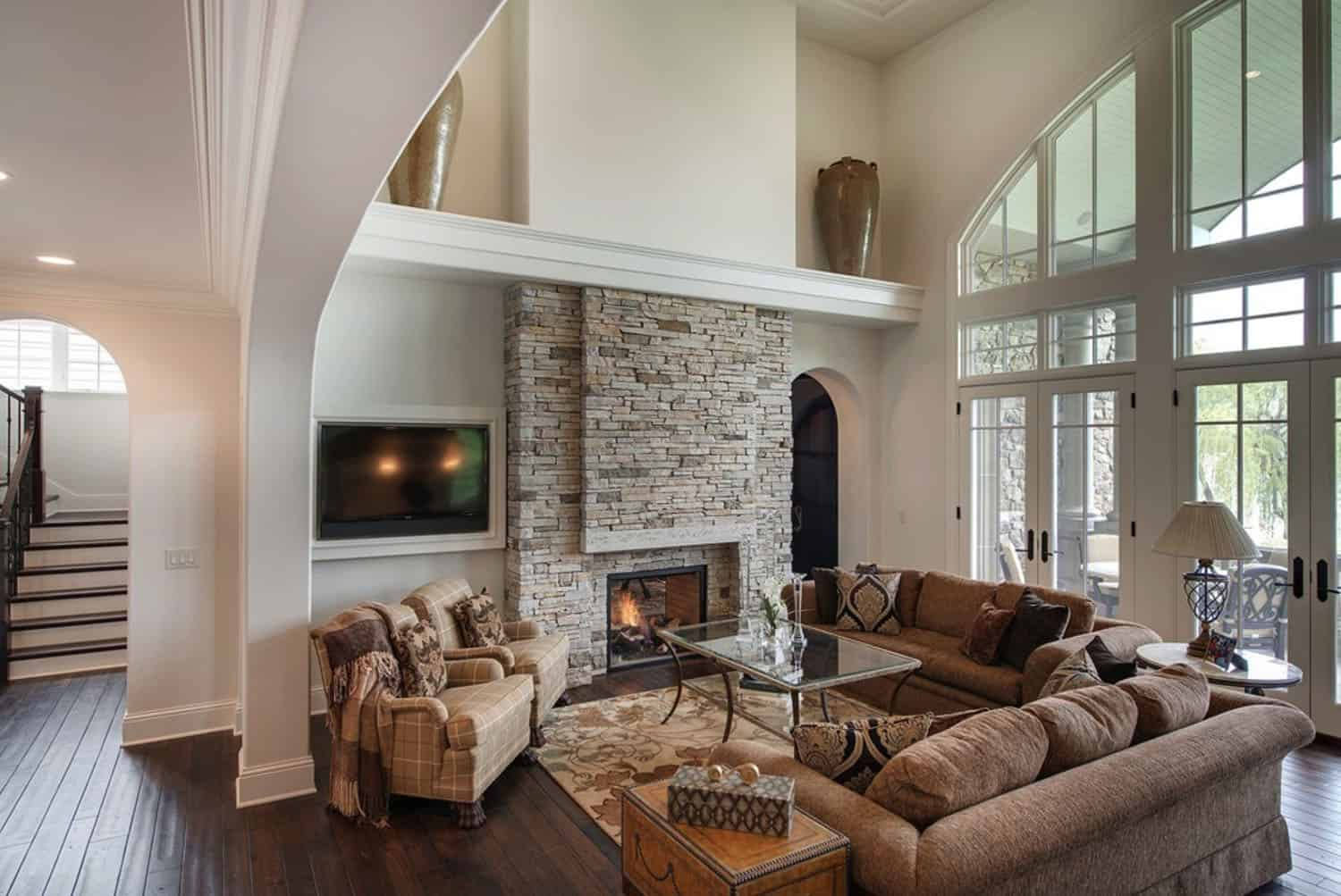 french-country-traditional-living-room