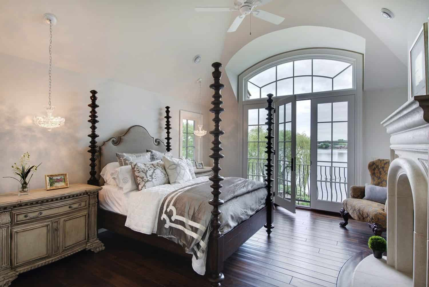 french-country-traditional-bedroom