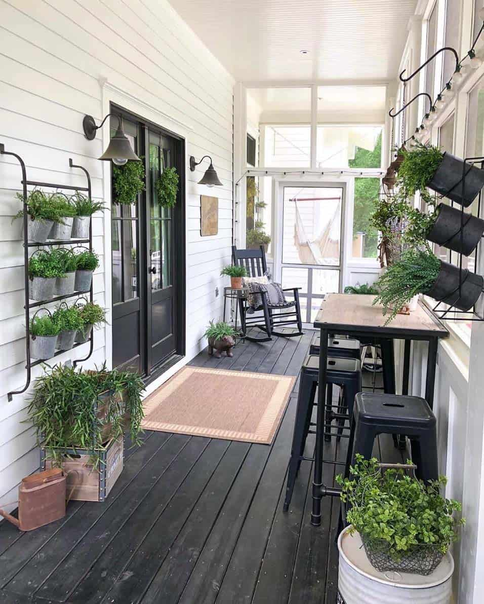 fresh-ideas-for-infusing-spring-into-your-home-screened-porch