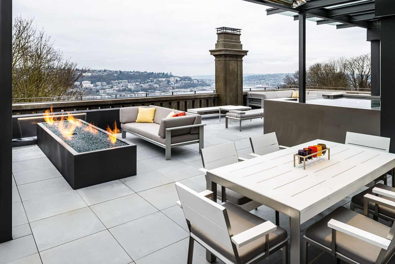 historic-italianate-residence-patio