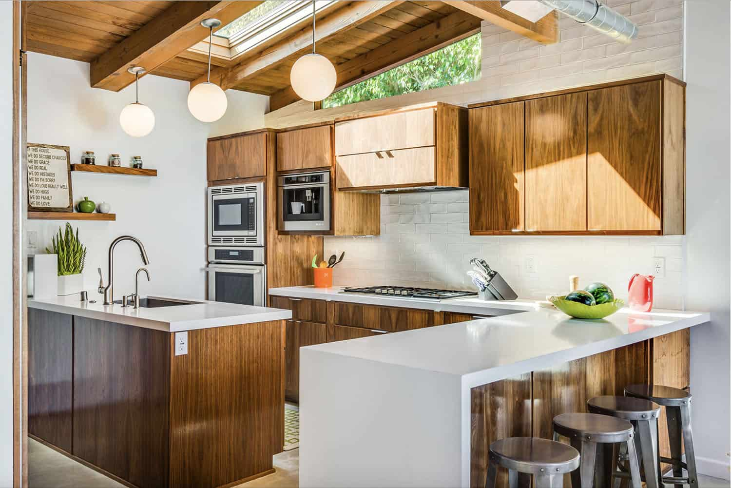 25 Incredible Midcentury Modern Kitchens to Delight the Senses on Kitchen Remodel Modern  id=41329