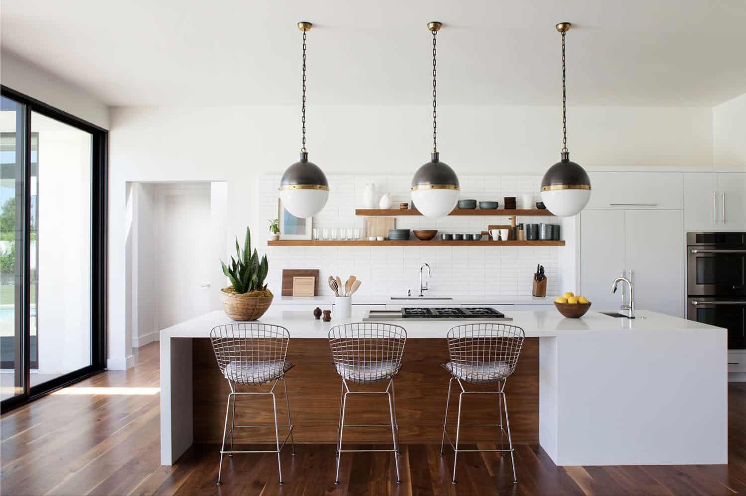 21 Incredible Midcentury Modern Kitchens to Delight the Senses