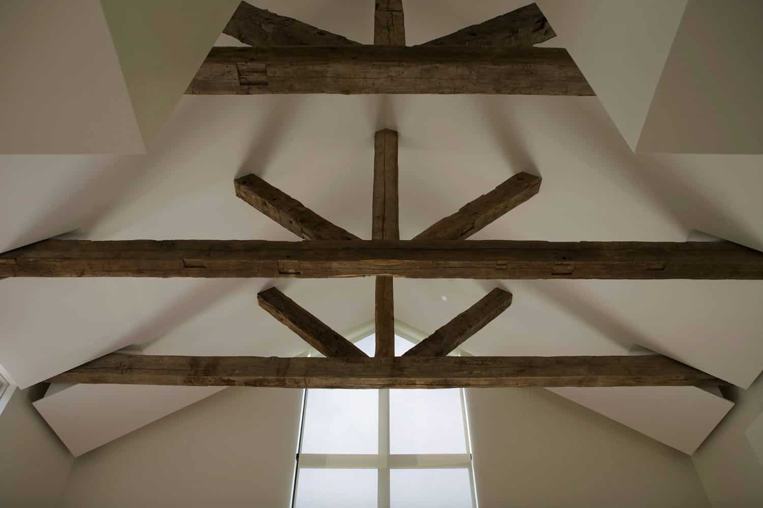 modern-barn-house-ceiling-detail